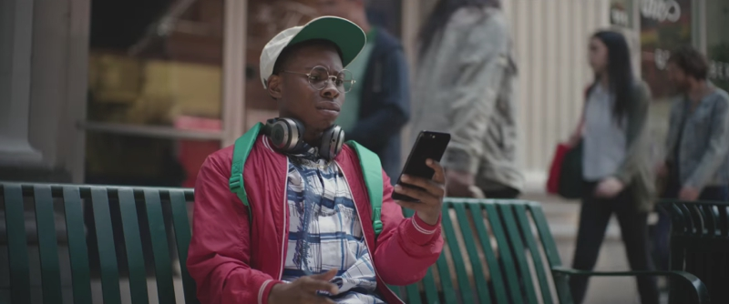 Nuevo spot de Apple 1- Ashton Campion Blog